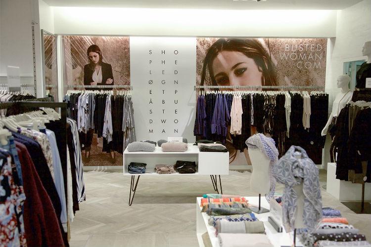 Stilvejeledning i tøjbutik i Busted i silkeborg