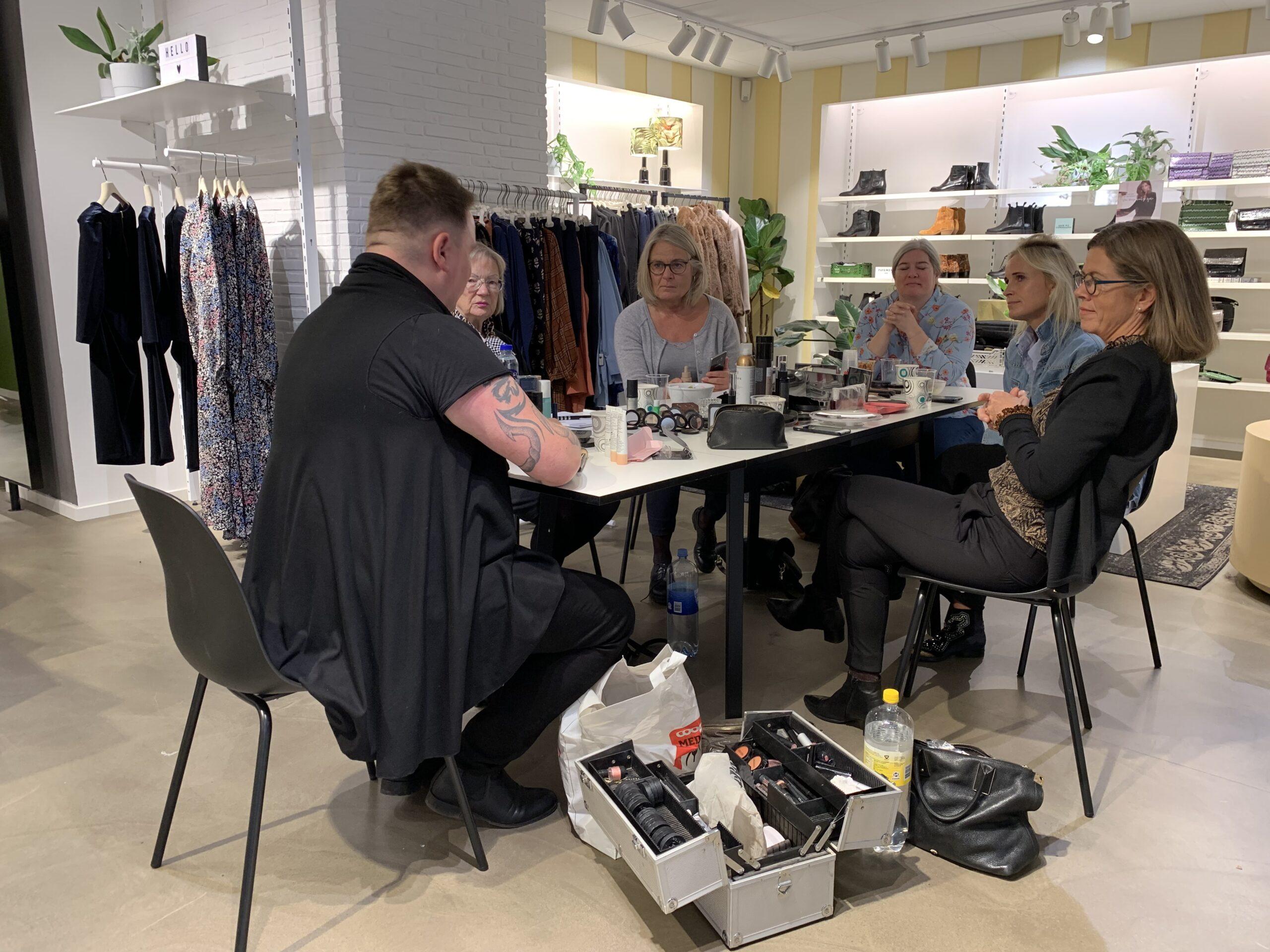 styling med kant er en workshop hvor du styler dit eget tøj